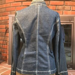 i.e. relaxed Jackets & Coats - i.e. denim jean jacket